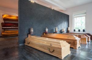 cofres en una funeraria